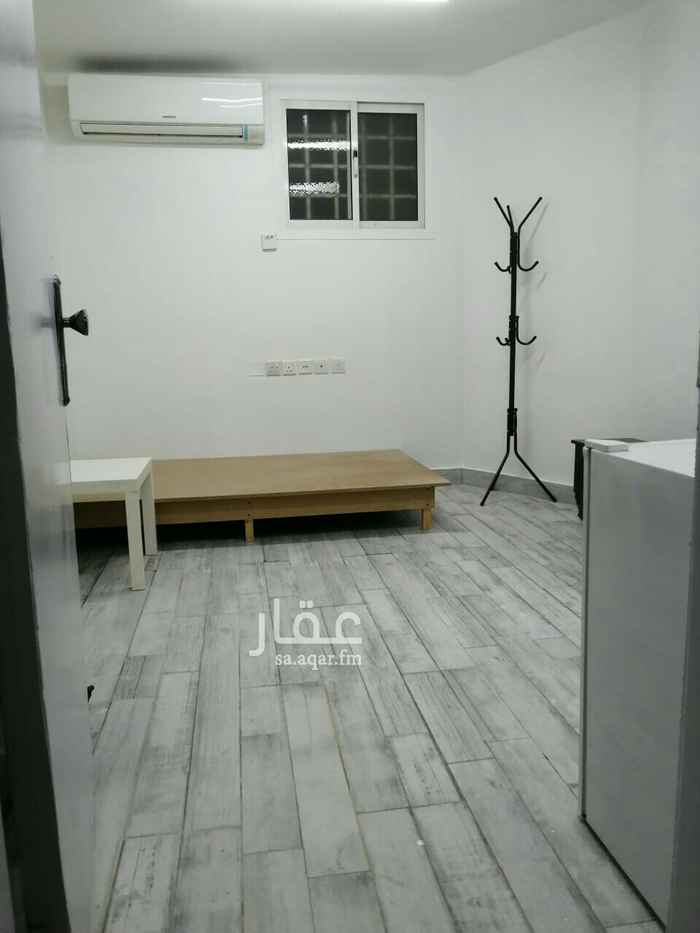 غرفة للإيجار في شارع الحاجرة ، حي الملقا ، الرياض ، الرياض