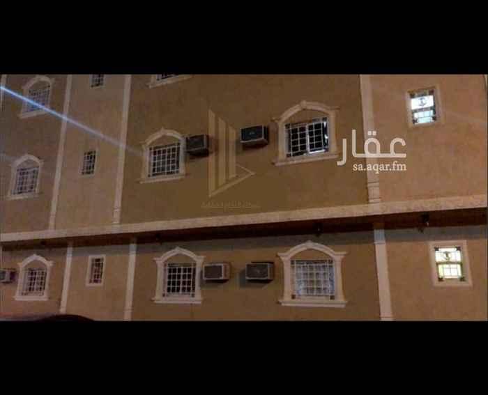 عمارة للبيع في شارع المغزل ، حي ظهرة لبن ، الرياض ، الرياض