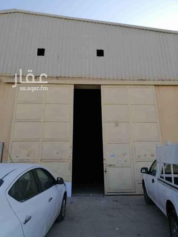 مستودع للإيجار في شارع البكيرية ، حي الفيصلية ، الرياض
