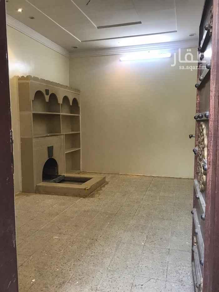 دور للإيجار في شارع الصفحي ، حي السعادة ، الرياض