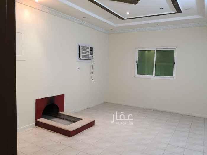 دور للإيجار في حي اشبيلية ، الرياض