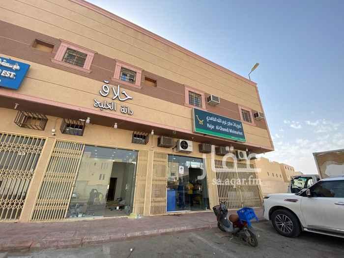 محل للبيع في شارع جبل العوينات ، حي ظهرة لبن ، الرياض ، الرياض