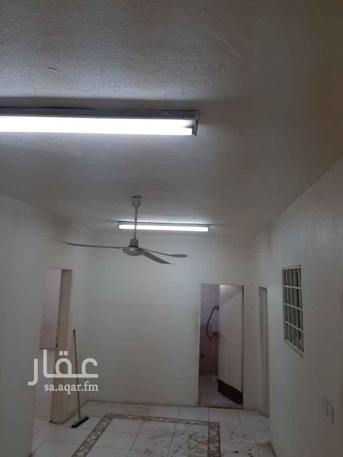 شقة للإيجار في شارع البواردي ، حي اليمامة ، الرياض