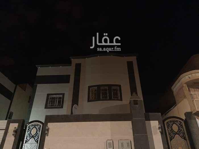 شقة للإيجار في شارع ابي المحاسن الهمذاني ، حي الشفا ، الرياض