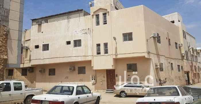 عمارة للبيع في شارع الوهدة ، حي منفوحة الجديدة ، الرياض
