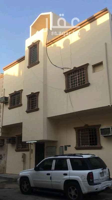 عمارة للبيع في شارع الطيف ، حي منفوحة ، الرياض