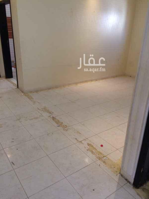 شقة للإيجار في شارع الصحراء الليبية ، حي النهضة ، الرياض