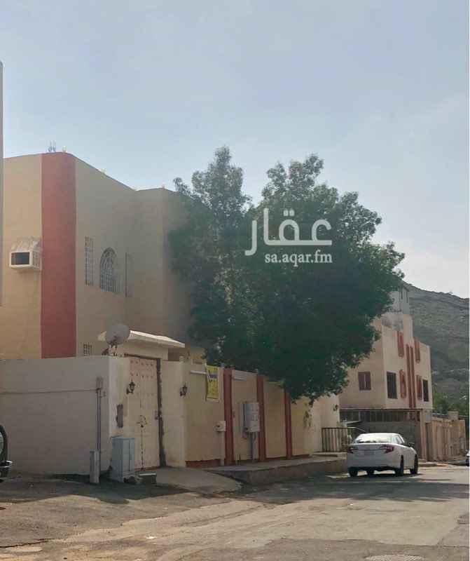 فيلا للبيع في حي بطحاء قريش ، مكة