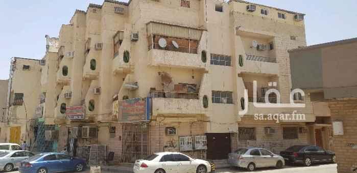 عمارة للبيع في شارع سهل بن عدي ، حي منفوحة الجديدة ، الرياض