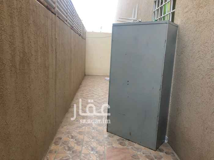 شقة للبيع في عمارة الورود 4 ، حي ظهرة لبن ، الرياض ، الرياض