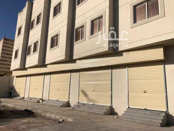 عمارة للإيجار في شارع طلق بن حبيب البصري ، حي الدفاع ، المدينة المنورة ، المدينة المنورة
