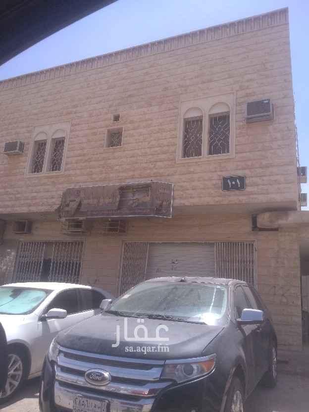محل للإيجار في شارع عبدالله بن عباس ، حي الروابي ، الرياض ، الرياض