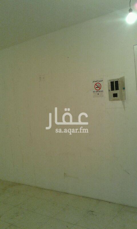 محل للإيجار في شارع الأمير مشعل ، حي البادية ، الدمام