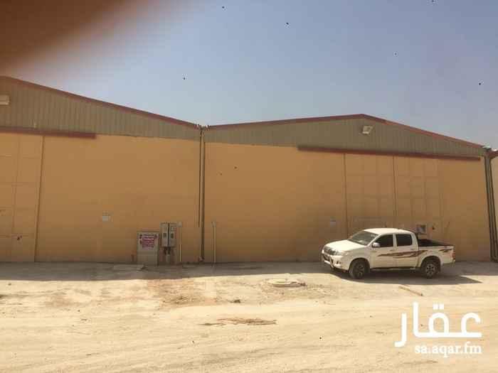 مستودع للإيجار في شارع بقعاء ، حي المناخ ، الرياض