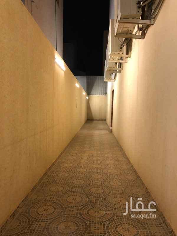 مكتب تجاري للإيجار في شارع الطائف ، حي ظهرة لبن ، الرياض ، الرياض