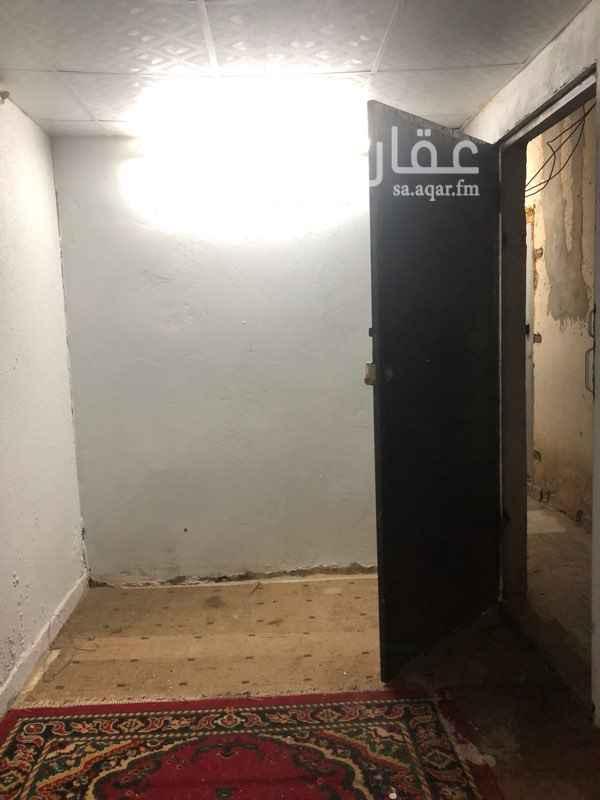 مستودع للإيجار في شارع الطائف ، حي ظهرة لبن ، الرياض ، الرياض