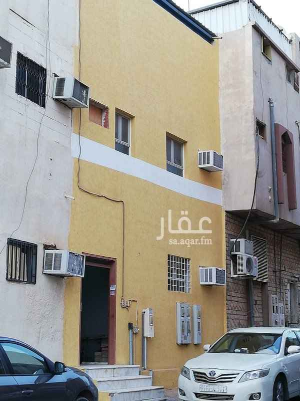 عمارة للبيع في شارع ابي الفتح البغدادي ، حي الناصرية ، الرياض ، الرياض
