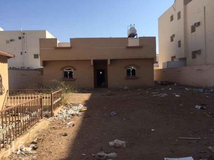 بيت للبيع في شارع عبدربه بارق الكوسج ، حي شوران ، المدينة المنورة ، المدينة المنورة