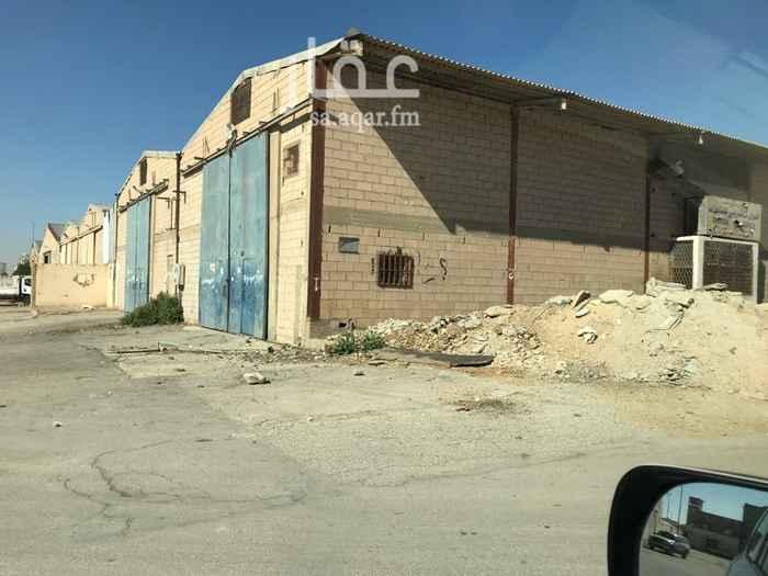 مستودع للإيجار في شارع الاسفحان ، حي الفيصلية ، الرياض