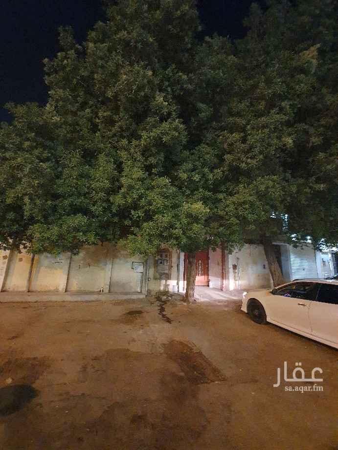 فيلا للبيع في شارع عبدالله الجطيلي ، حي النظيم ، الرياض