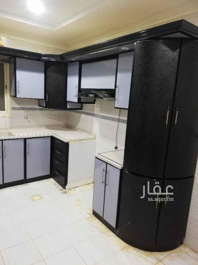 دور للإيجار في شارع عمر بن زيد ، حي النفل ، الرياض ، الرياض