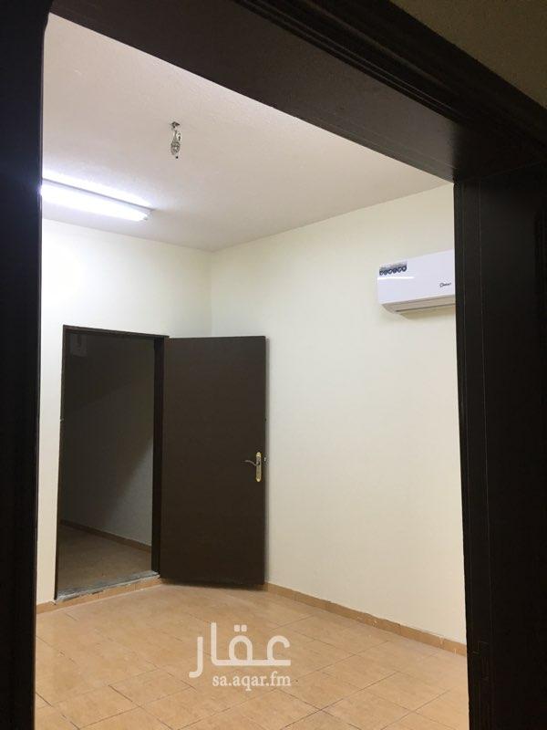 دور للإيجار في شارع الامير سعود بن محمدبن مقرن ، حي الوادي ، الرياض ، الرياض