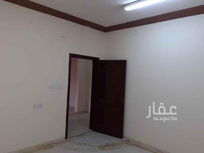 شقة للإيجار في شارع شهاب الدين بن المظفر ، حي السعادة ، الرياض ، الرياض