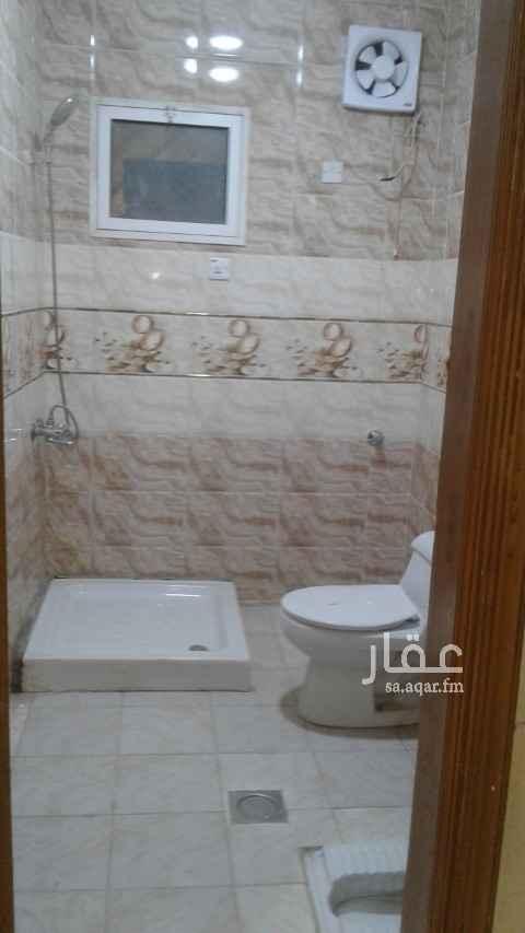 دور للإيجار في شارع الوثبة ، حي العريجاء الغربية ، الرياض