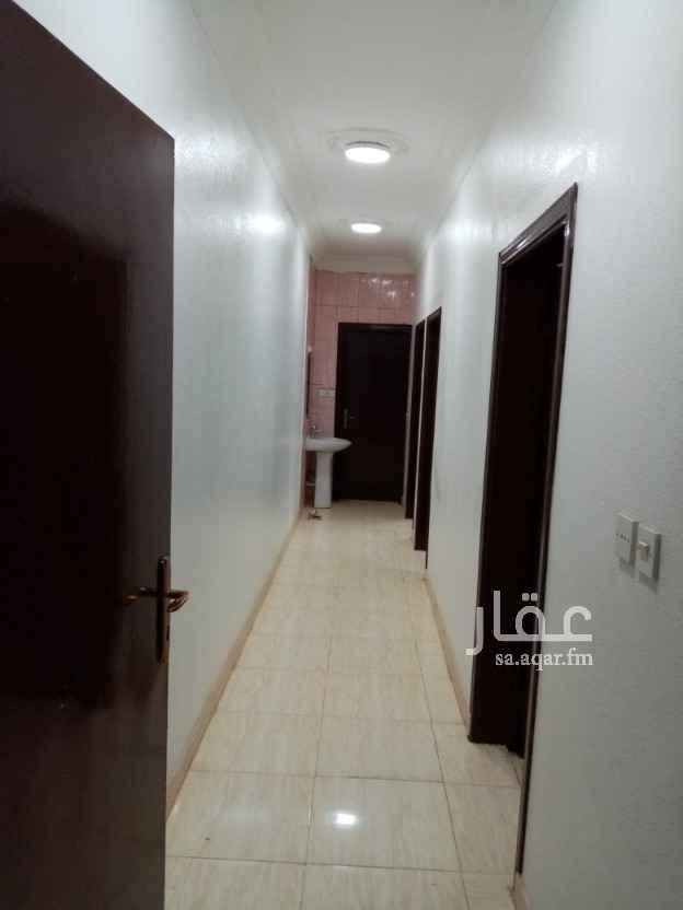 شقة للإيجار في شارع ام القضاة ، حي العريجاء الغربية ، الرياض