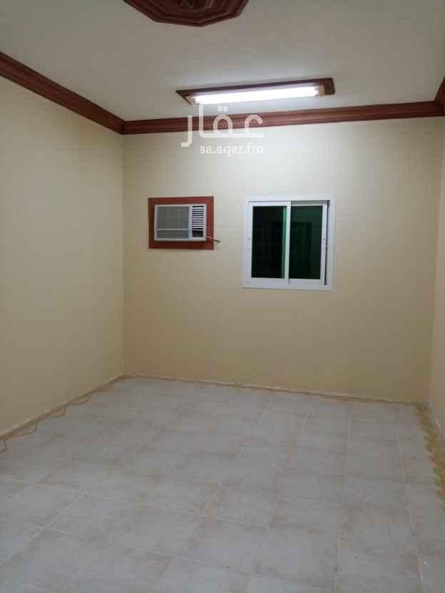 شقة للإيجار في شارع خديجة بنت خويلد ، حي العريجاء الغربية ، الرياض ، الرياض