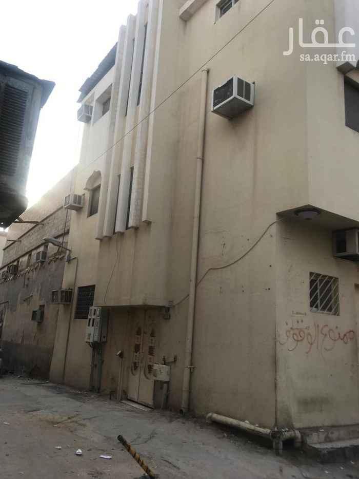 عمارة للبيع في شارع المهد ، حي المرقب ، الرياض