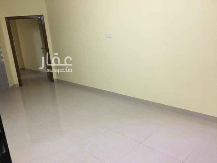 شقة للإيجار في شارع محمد بن عبداللطيف ، حي العزيزية ، الرياض ، الرياض