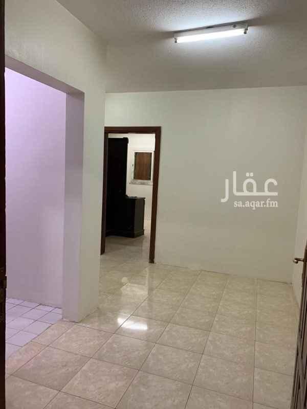 شقة للإيجار في شارع ابن معصوم المدني ، حي العليا ، الرياض
