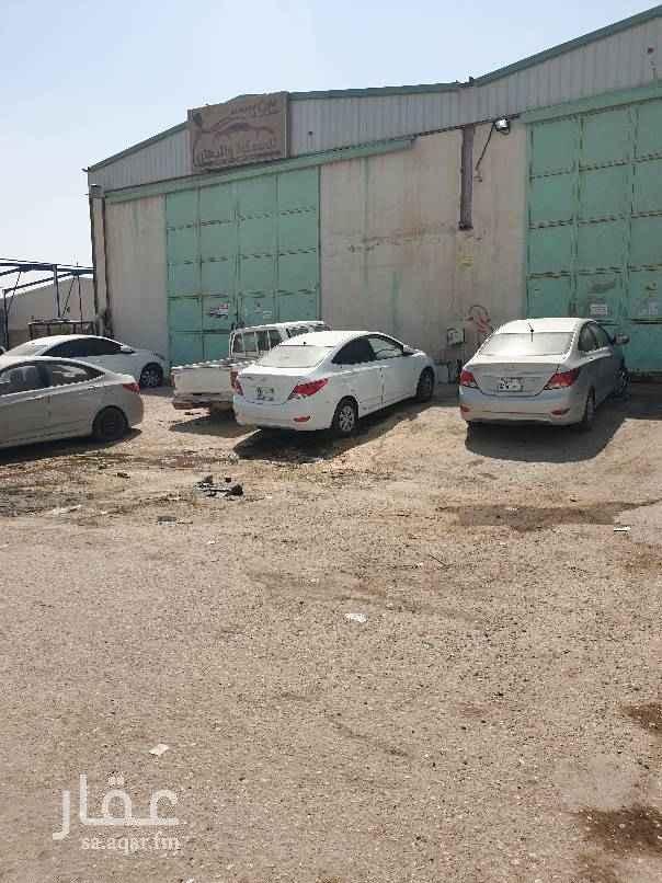مستودع للإيجار في شارع مقدام ، حي الفيصلية ، الرياض