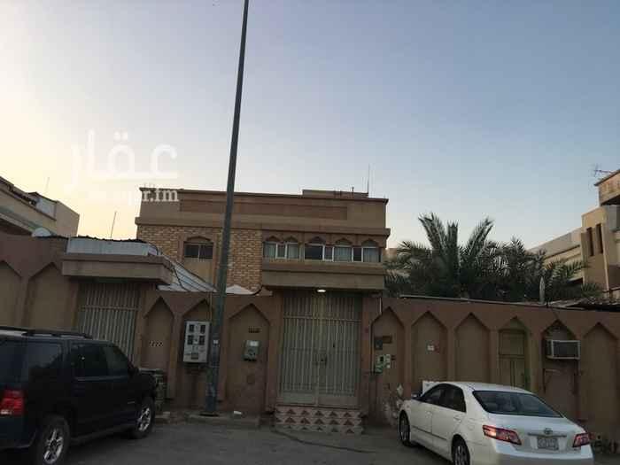فيلا للإيجار في شارع حرب بن ابي العالية ، حي بدر ، الرياض