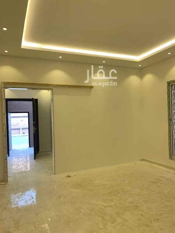 دور للبيع في شارع فتح مكة ، حي بدر ، الرياض ، الرياض