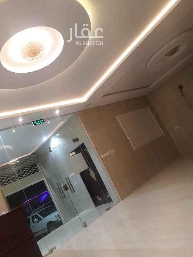 عمارة للإيجار في شارع بدر الدين حسين الأنصاري ، حي العوالي ، الرياض