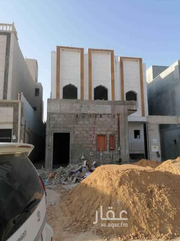 فيلا للبيع في شارع قيس بن محصن ، حي العوالي ، الرياض