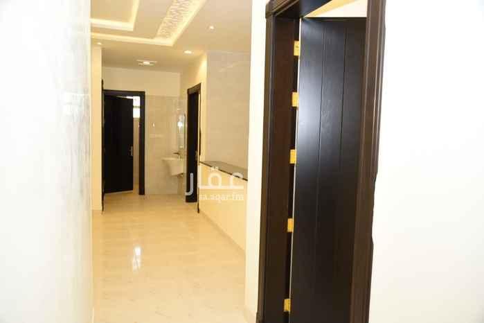 شقة للبيع في شارع الحمداني ، حي المروة ، الرياض ، الرياض
