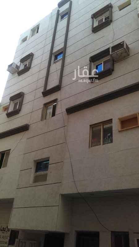 عمارة للبيع في شارع ابو سعيد الخدري ، حي البادية ، الدمام ، الدمام