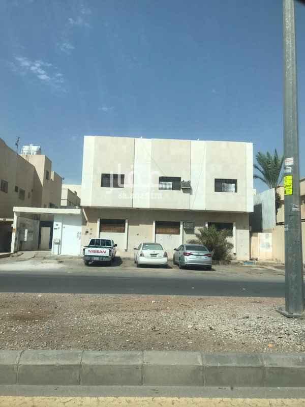 عمارة للبيع في شارع فيروز العبدالعزيز ، حي الملك فيصل ، الرياض