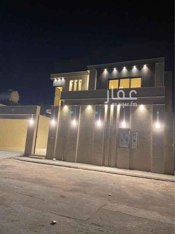فيلا للبيع في شارع اسماء بنت مالك ، حي العارض ، الرياض ، الرياض