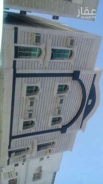 عمارة للبيع في شارع بريدة ، حي الثقبة ، الخبر