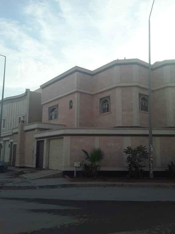 فيلا للإيجار في الرياض ، حي الرمال ، الرياض