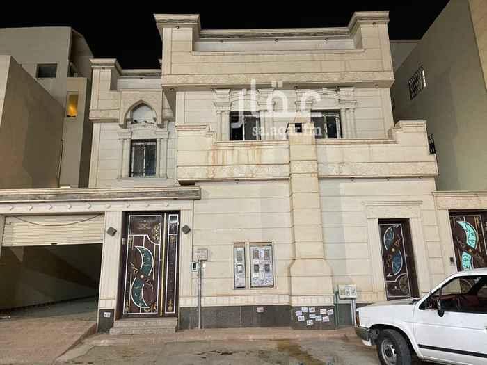 فيلا للإيجار في شارع أحمد بن محمد الأسدي ، حي الرمال ، الرياض ، الرياض