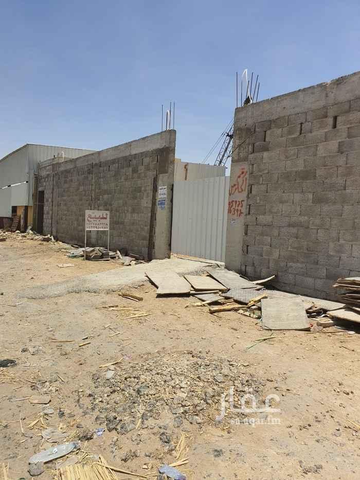أرض للبيع في شارع طارق بن شهاب ، حي العارض ، الرياض ، الرياض