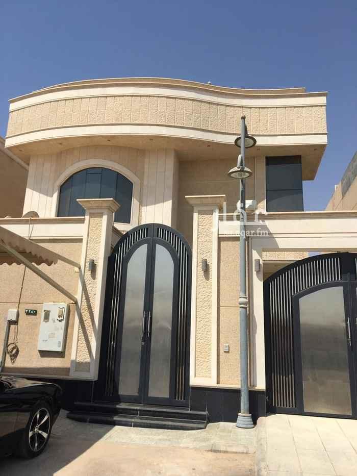 فيلا للبيع في شارع ابن طاووس ، حي الضباط ، الرياض ، الرياض