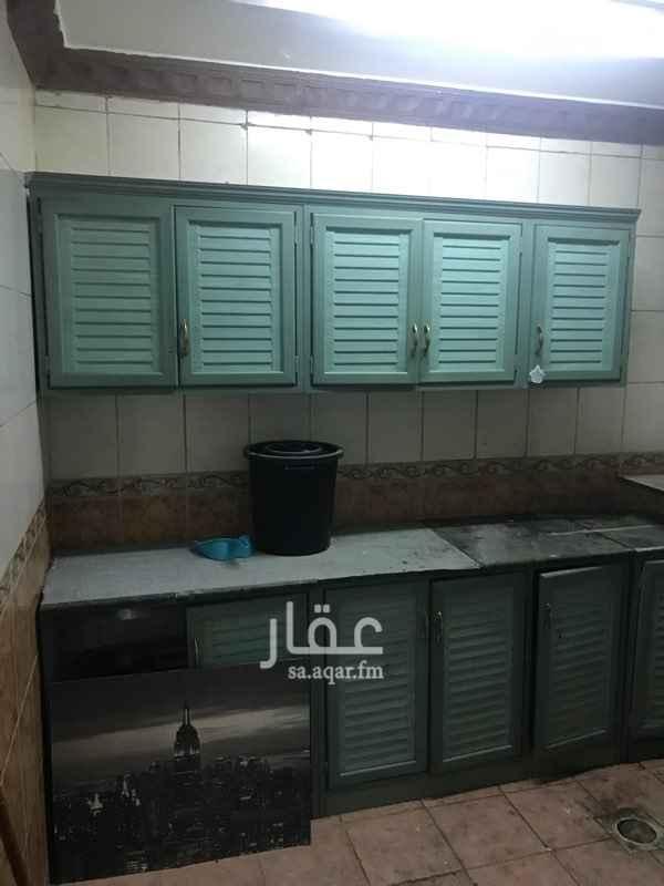 شقة للإيجار في شارع الفرعية ، حي اشبيلية ، الرياض ، الرياض