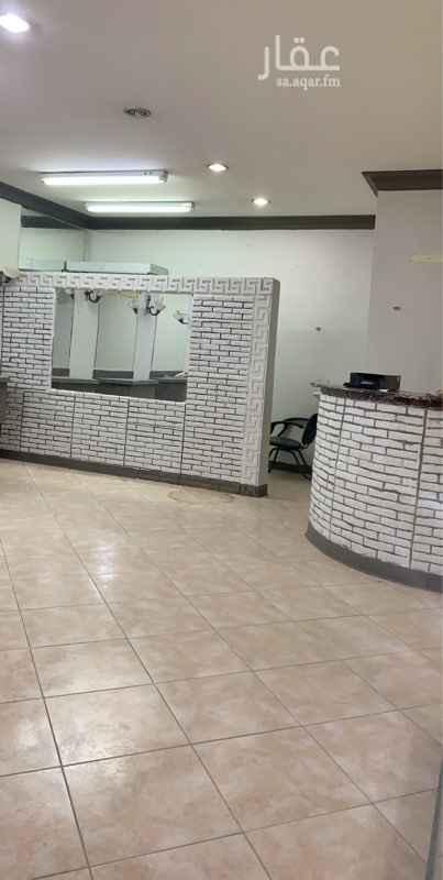 محل للإيجار في شارع حفصة بنت عمر ، حي الروضة ، الرياض ، الرياض