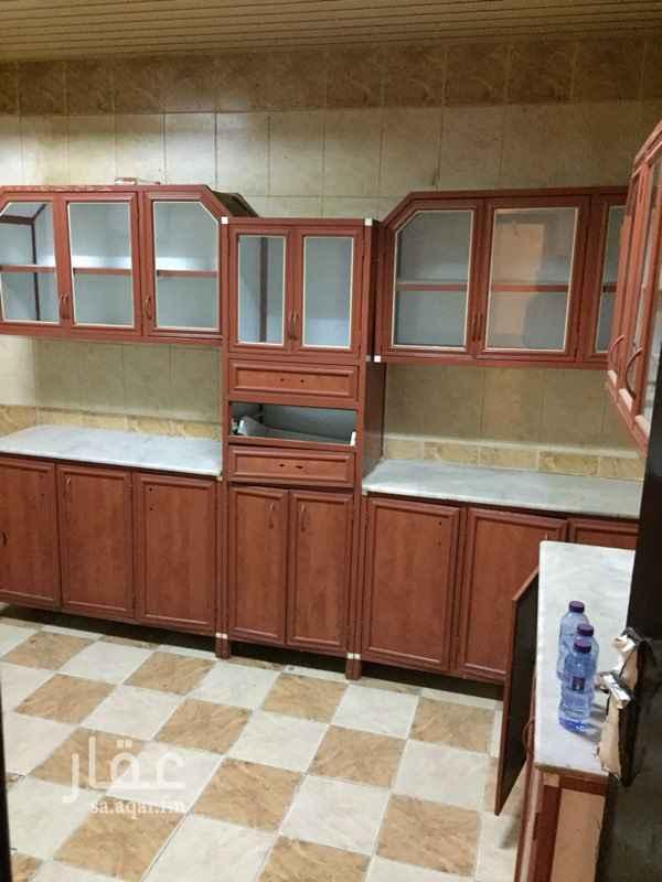 شقة للإيجار في شارع احمد بن علي الزيات ، حي اشبيلية ، الرياض ، الرياض